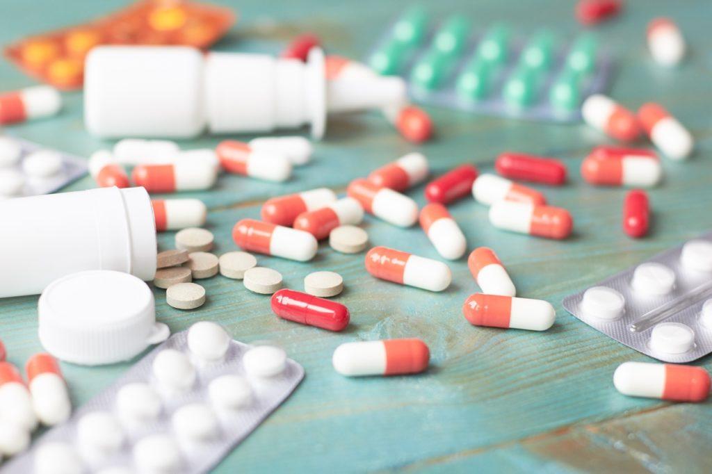 Гормональные препараты: показания и особенности использования